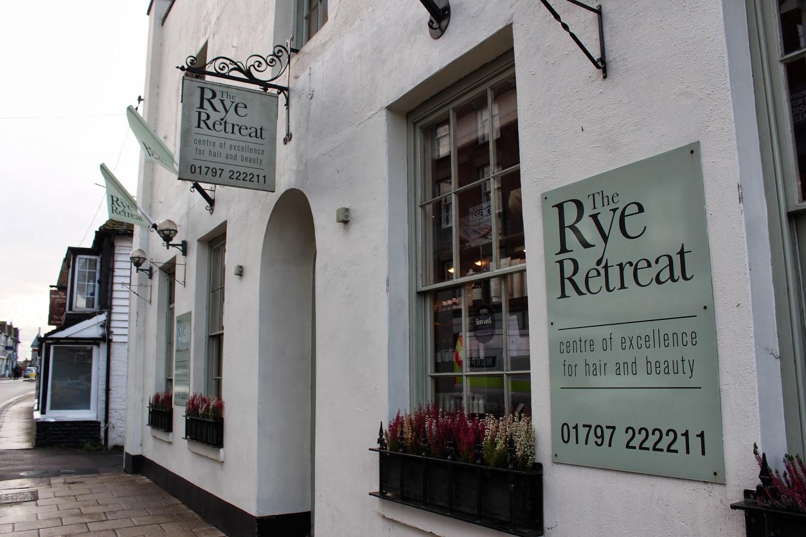 Ghenet Actually    A Weekend in Rye