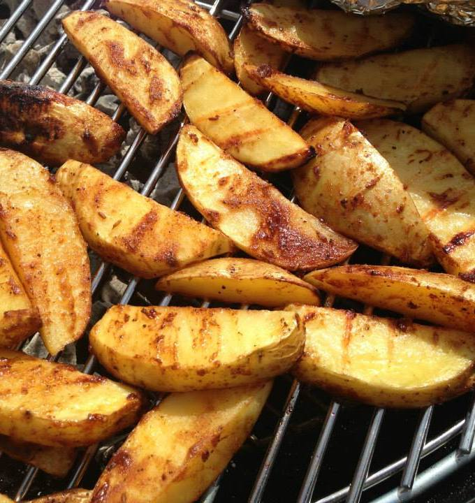 BBQ fries potato wedges