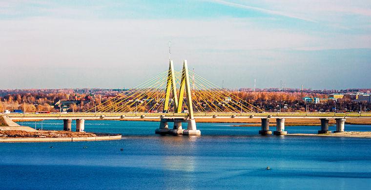 в городе много воды казань мост