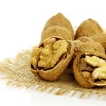 Грецкие орехи укрепляют сердце.