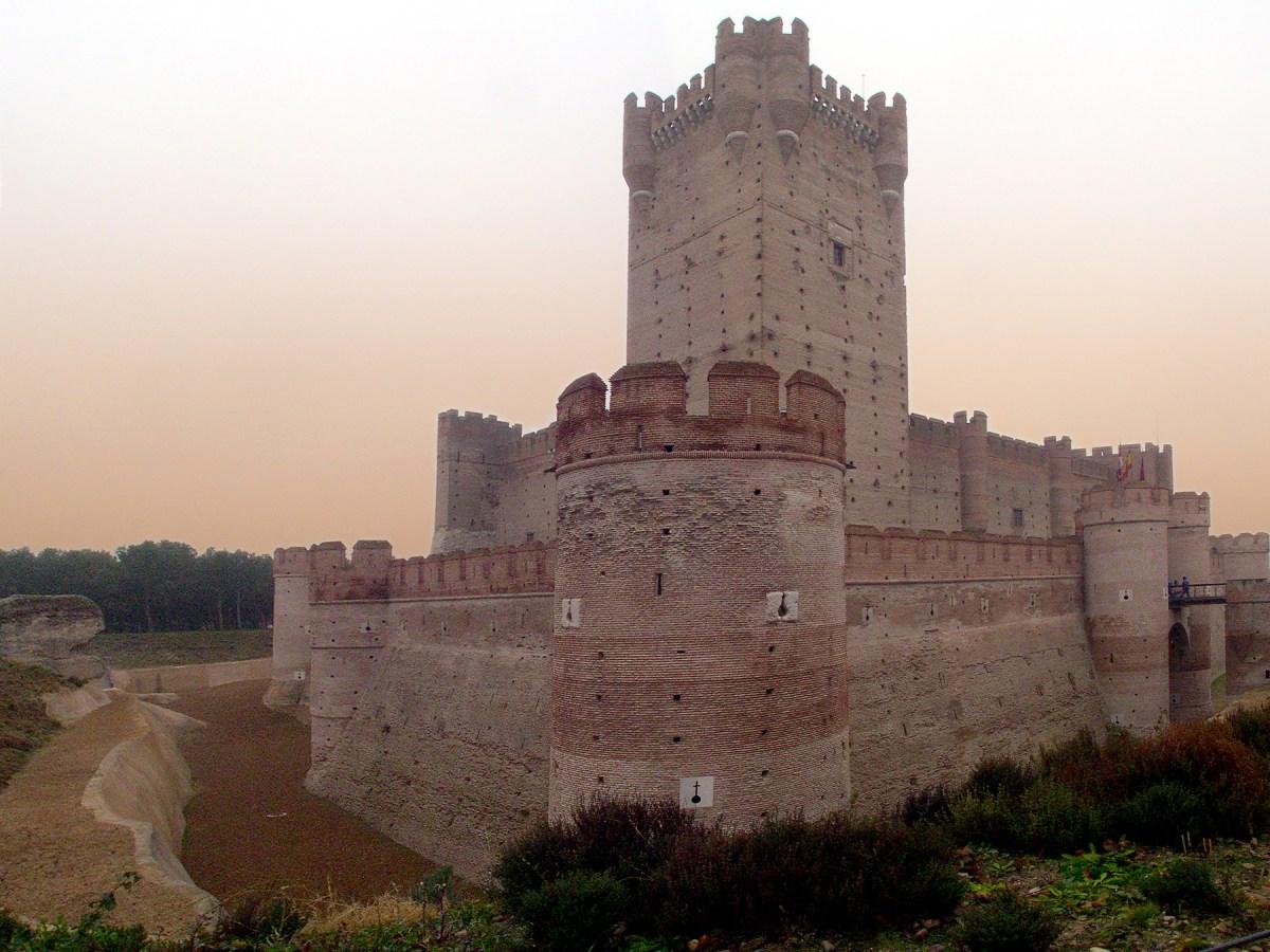 Замок Ла-Мотта