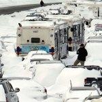 Видео какая бывает непредсказуемая зимняя дорога