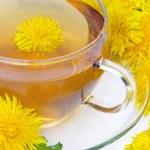 Чай одуванчика разрушает раковые клетки.