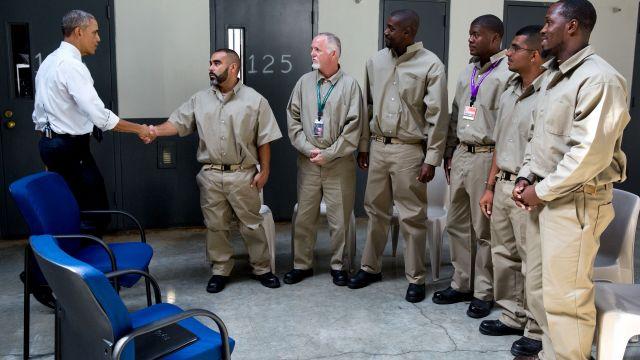 Barack Obama Grants 231 Prisoners Amnesty