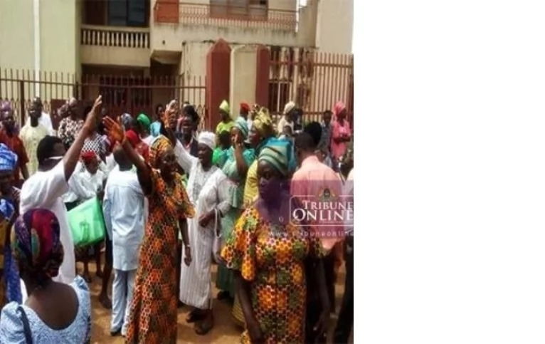 Church Members In A Nigerian Church Allegedly Lock Out Pastor Over Embezzlement Of Funds