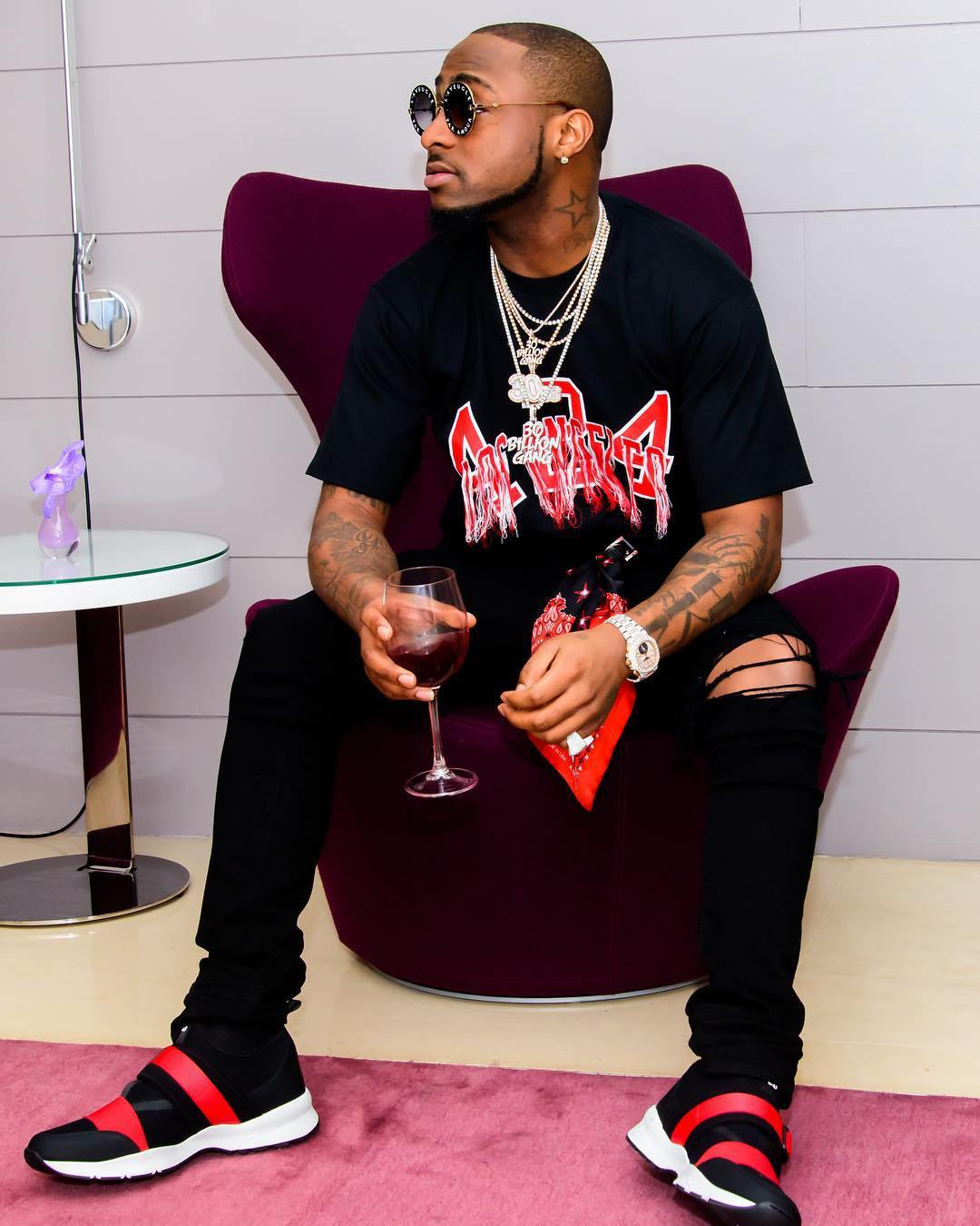 Davido WARNS Young Ghanaian Millionaire, Ibrah One Not To Involve Him In His Mess, Else…