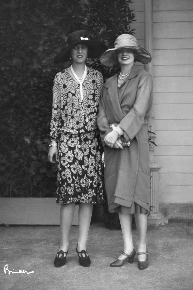 (GERMANY OUT) German Empire - Baden Freistaat (Free State) (1918-1945) - Baden-Baden: Ms. von Mumm and duchess von Croy - Photographer: Atelier Binder- Published by: 'Die Dame' 01/1926/27Vintage property of ullstein bild (Photo by Atelier Binder/ullstein bild via Getty Images)