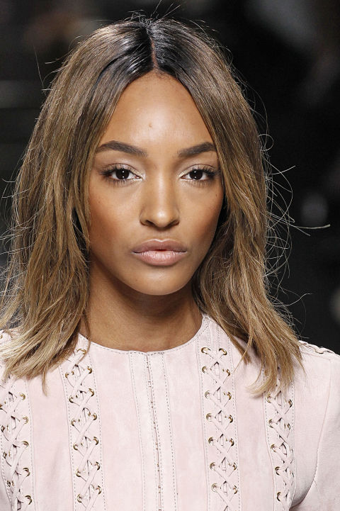 Unlike contouring, which has slowly but surely been disappearing from our radar, highlighting has consistently been a great route for emphasizing the points of your face where the light hits. Just a touch on your Cupid's bow, cheekbones and brow arches give your skin a naturally gorgeous finish.