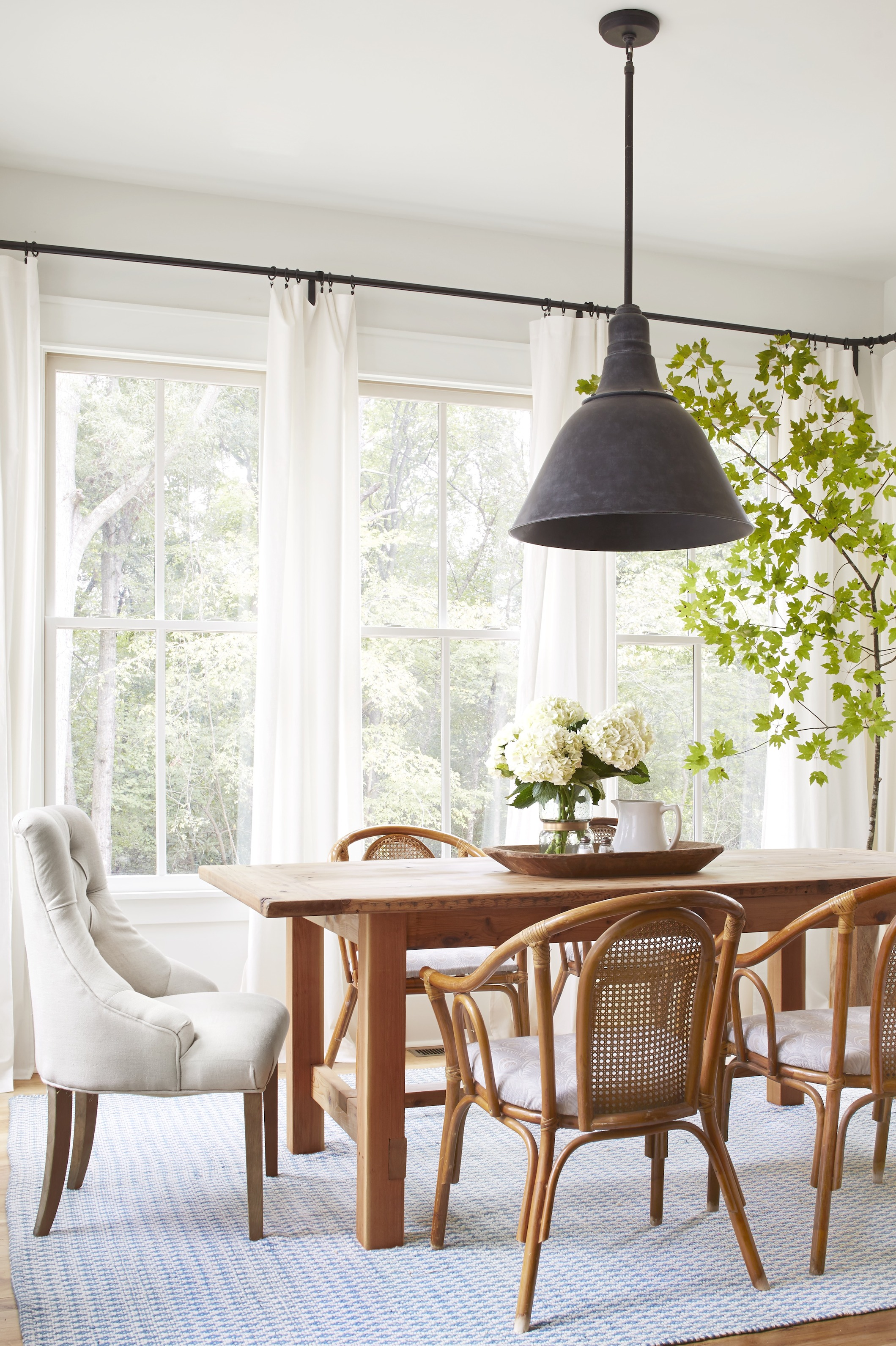 Dining Room Decorating Ideas - Pictures of Dining Room Decor on Dining Room Curtains Ideas  id=28464