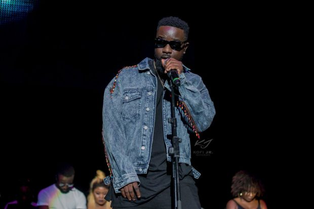 Sarkodie, Wikipedia, Fake