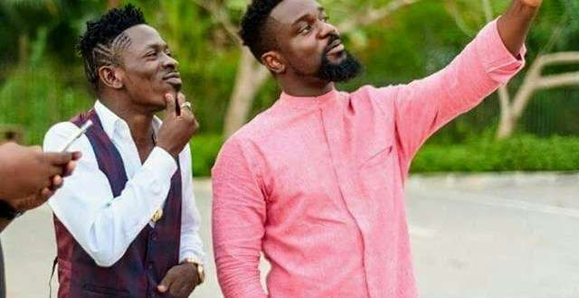 Shatta Wale's Friend Applauds Sarkodie For Dissing Shatta Wale