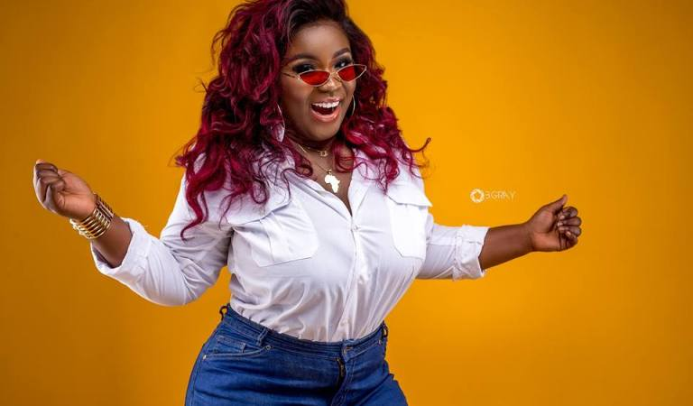 I Am Crushing On Joe Mettle – Maame Serwaa