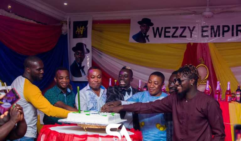 Photos: See how Celebs looked beautiful at Lilwin's party