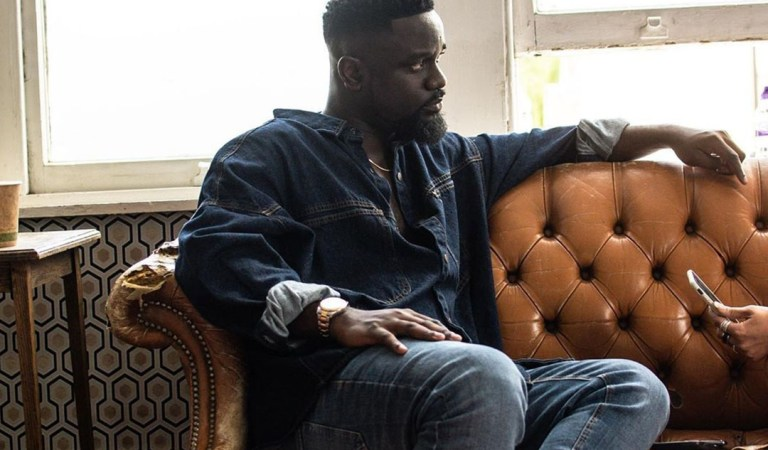 Sarkodie assures fans he will tour world next year starting from Africa