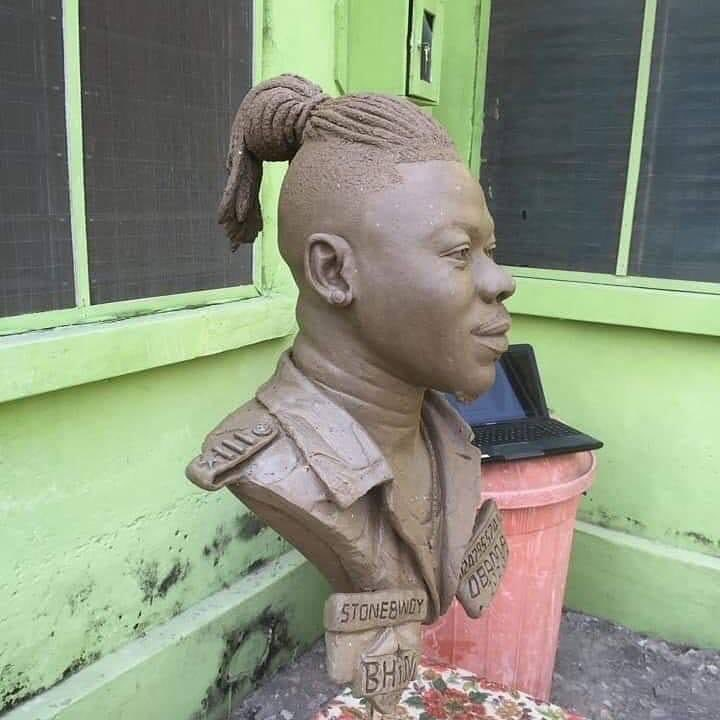 Stonebwoy, Obama, Bhim Nation, Statue