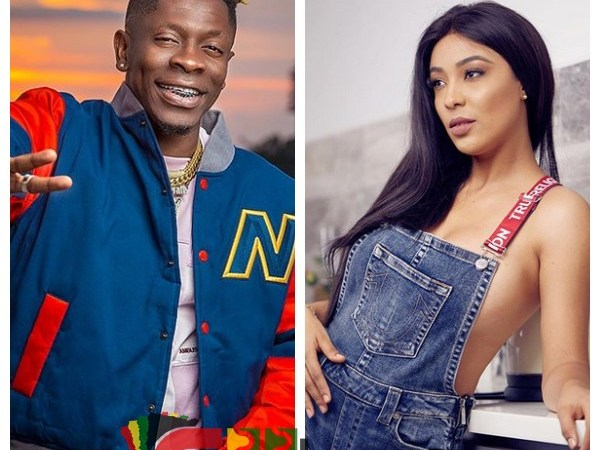 Camera Captures Shatta Wale Putting Dollars In Nikki Samonas' Br@- Video