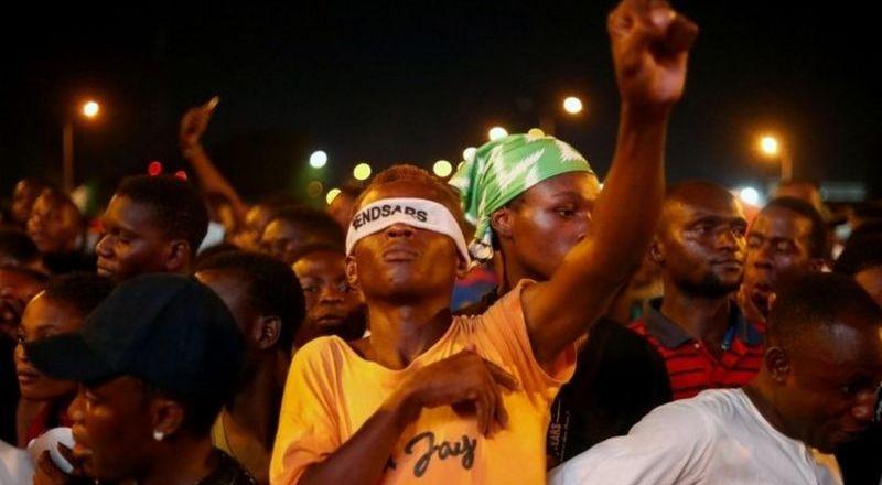 End Sars protests: Amnesty warns of 'escalating attacks'