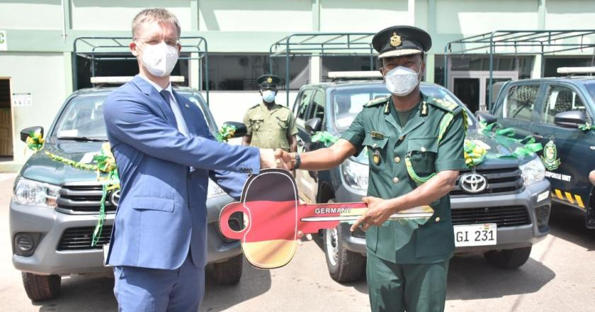 German Government presents vehicles to Ghana Immigration Service