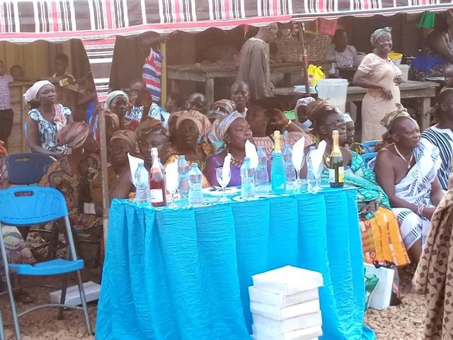 Odikro of Nkawkaw Domeabra, MP and philanthropists donate to aged group