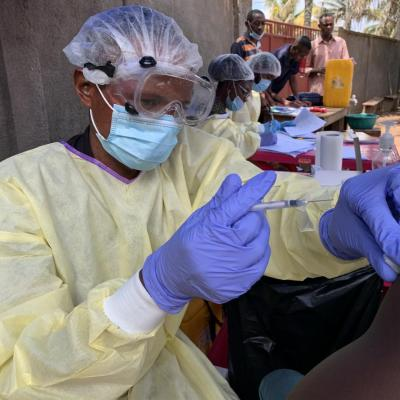 11,500 doses of Ebola vaccines donated by WHO arrive in Guinea