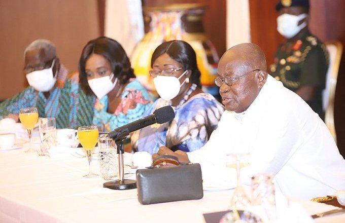 President Akufo-Addo woos bank CEOs to help Black Stars