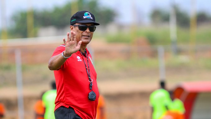 Kotoko coach Barreto demands a return ticket to Ghana to start pre-season