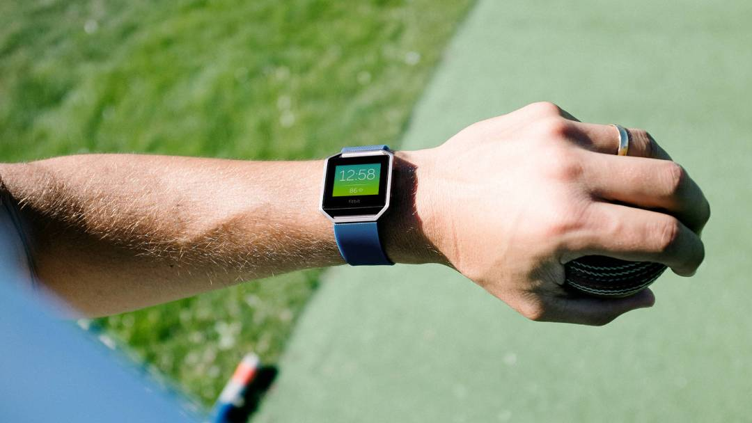 fitbit blaze time - Fitbit Blaze Review - In-depth Analysis Of TheFitbit Blaze by Ghost Fitness