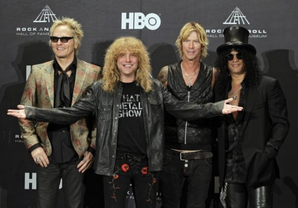 Guns-N-Roses at rock n roll hall of fame