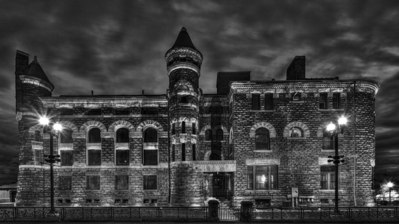 Old Licking County Jail Ghost Hunt | Newark, Ohio
