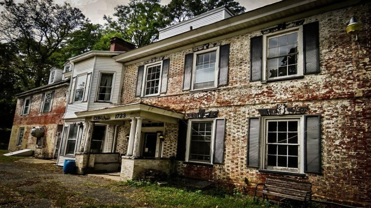White Hill Mansion Ghost Hunt | Fieldsboro, New Jersey