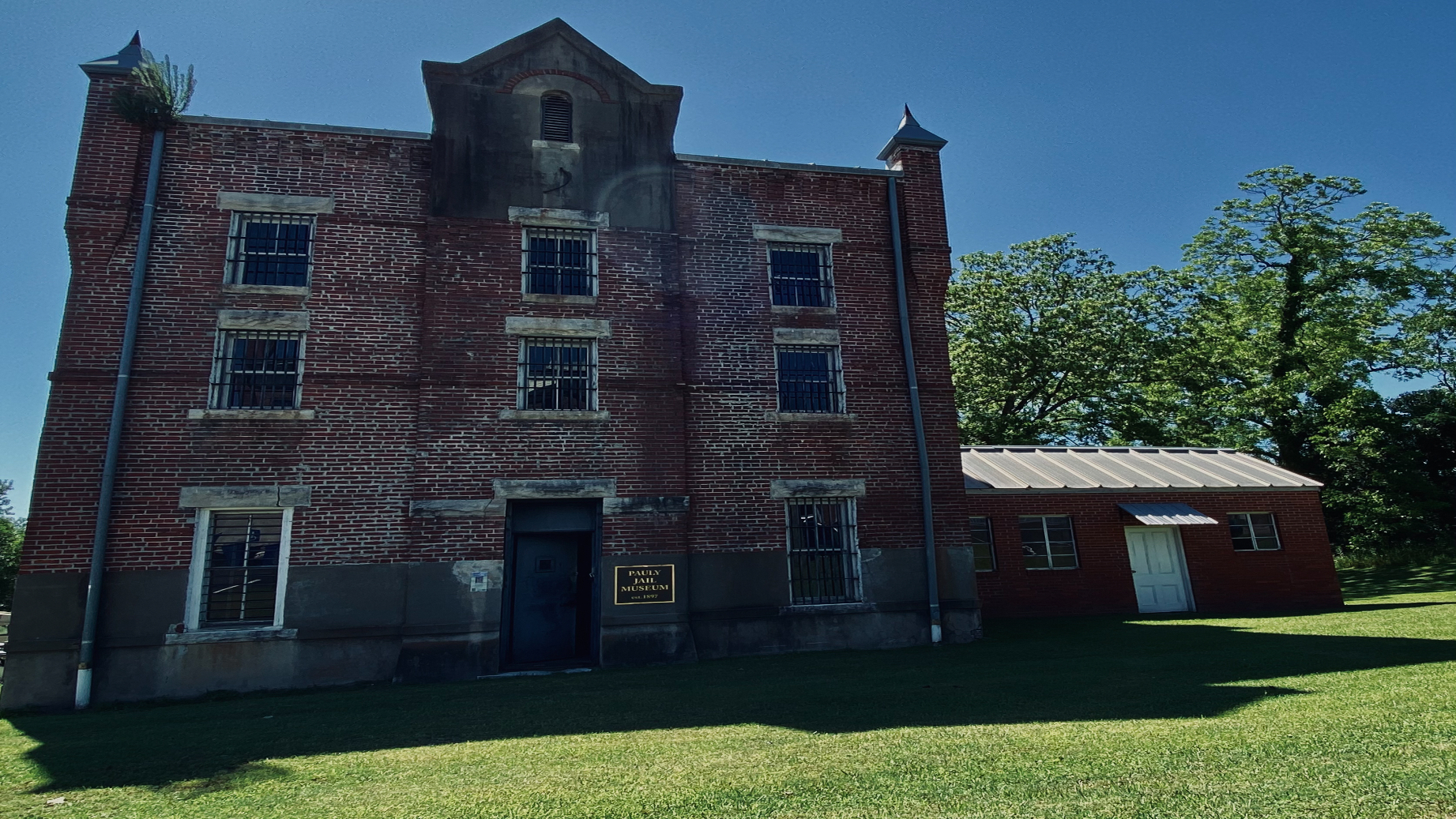 Pauly Jail Museum Ghost Hunt