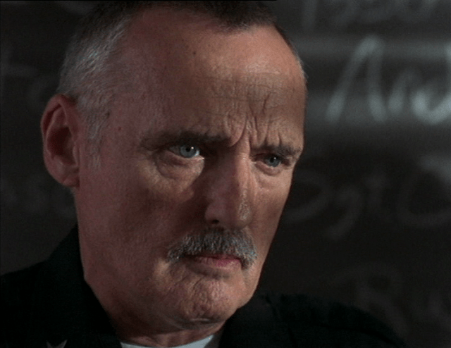 Dennis Hopper in L.A.P.D.