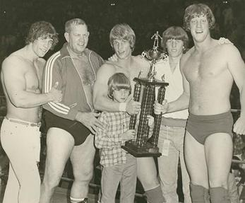 The Von Erich family (from left to right): Kerry, Fritz, Kevin, Chris (front), Mike and David. https://en.wikipedia.org/wiki/Von_Erich_family#/media/File:Von_Erich_family.jpg