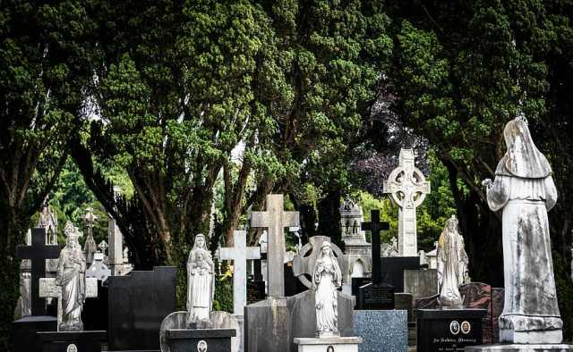 glasnevin, dublin, ireland, cemetery, cross, celtic, funeral