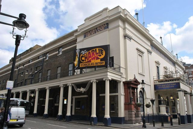 Drury Lane Theater Charlie and the Chocolate Factory By Elisa.rolle - Own work, CC BY-SA 4.0, https://commons.wikimedia.org/w/index.php?curid=57744953