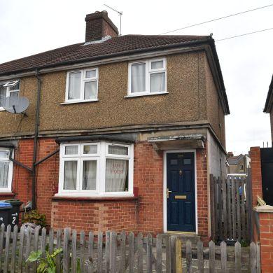 Enfield Haunting Home  (Image: Darren Pepe) https://www.mylondon.news/news/north-london-news/what-life-like-living-next-19268168