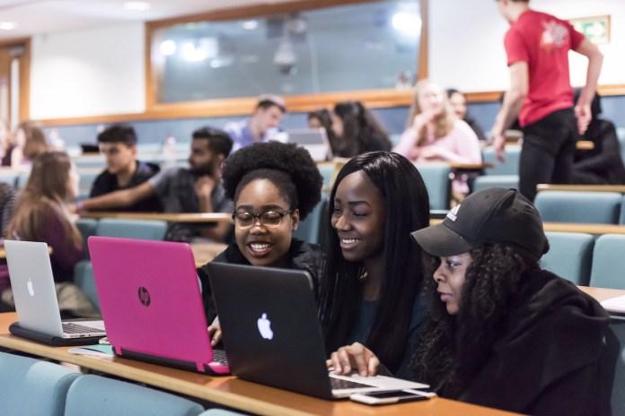 20+ Undergraduate Scholarships for Ghanaian Students 2020/2021