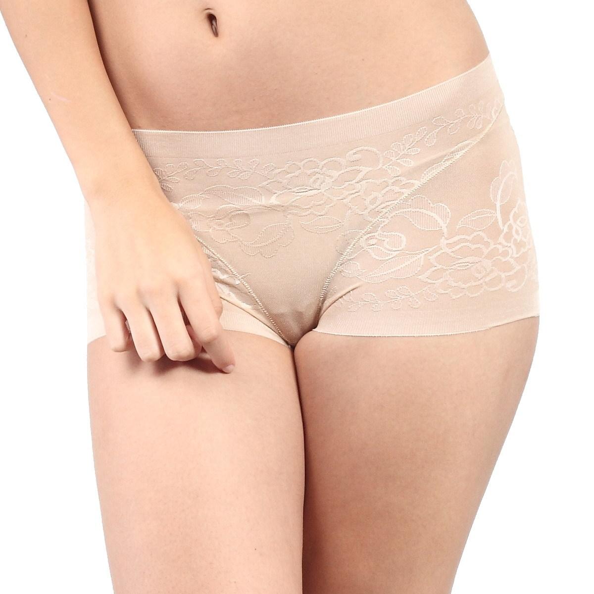 Lo que debes saber sobre la lencería erótica. Al contrario de lo que parece, la lencería erótica no es una invención moderna. A lo largo de la historia, estas prendas, mucho más rudimentarias que las actuales, han perseguido desatar pasiones a su alrededor.