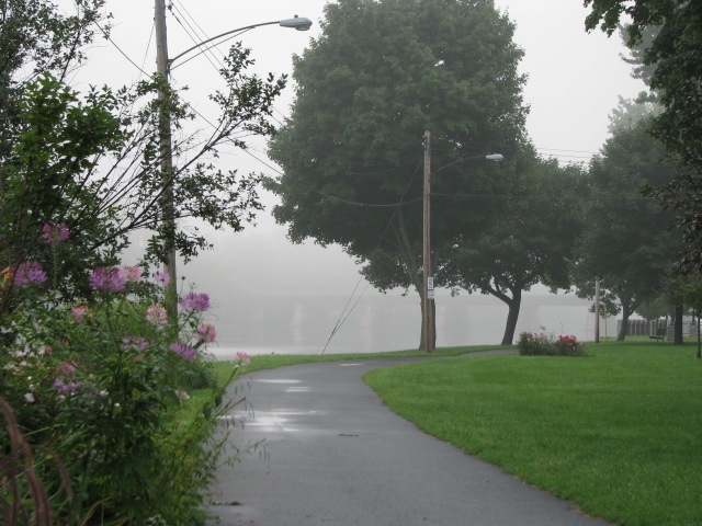 entering Riverside Park from Washington Ave. on a foggy morning along the Mohawk - 10Aug09