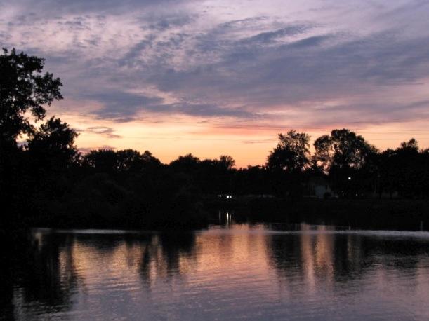 saturday pastel sunset from Riverside Park, Schenectady - 08Aug09