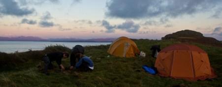 giro della scozia climb trek mountainspace giacomo longhi michele gusmini elisa broggi camp cassin dynastar racer orcadi skye arrampicata scotland greta molinari highland hoy (42)