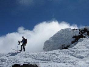 scialpinismo etna sicilia michele gusmini longhi giacomo lorenzo tagliabue marco ballerini mountainspace climb camp dynastar marvi sport rifugio sapienza funivie lava gopro racer (25)