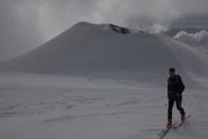scialpinismo etna sicilia michele gusmini longhi giacomo lorenzo tagliabue marco ballerini mountainspace climb camp dynastar marvi sport rifugio sapienza funivie lava gopro racer (40)