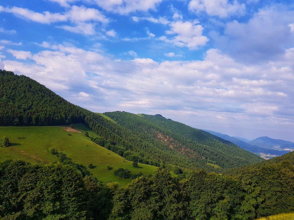 Panorama lungo il sentiero per il Rifugio Venini