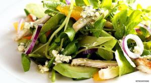 insalata di crescione avocado e pollo