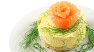 mini-cheesecake-al-salmone-o-ai-gamberi