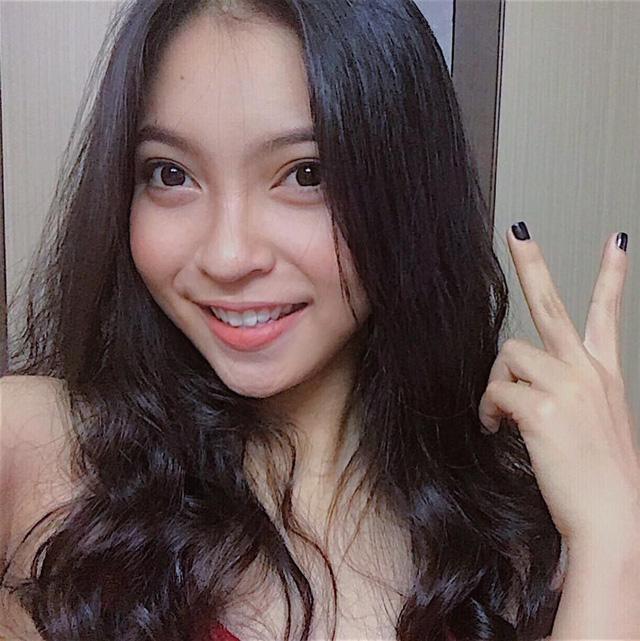 Khi PV Dân trí liên hệ Nhật Lê, cô gửi lời cảm ơn tuy nhiên từ chối chia sẻ thêm những cảm xúc vào lúc này.