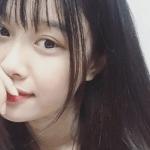 Bạn gái xinh xắn, yêu 3 năm của Văn Toàn hoá ra từng là fangirl kiên trì bay hàng nghìn km để cổ vũ anh chàng đá bóng