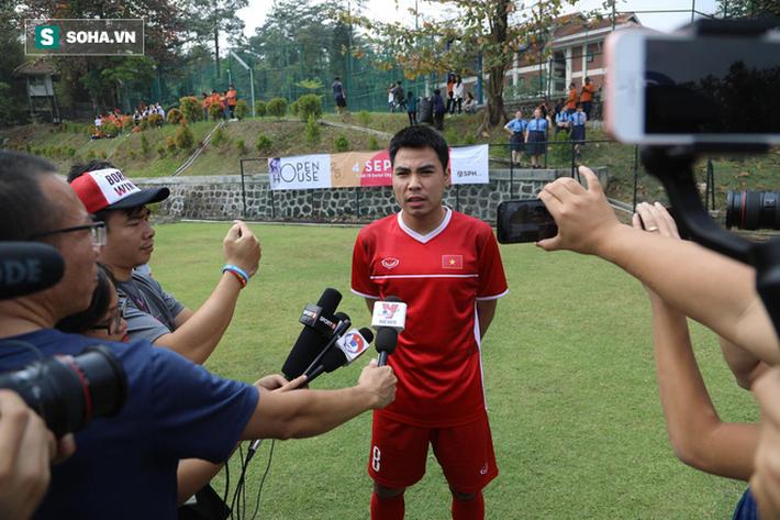 HLV Park Hang-seo đăm chiêu, nữ sinh Indonesia xôn xao vì U23 Việt Nam - Ảnh 1.