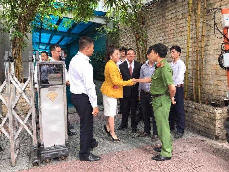 Bà Diệp Thảo đề nghị cưỡng chế thi hành án vì bị 'cản đường' về Trung Nguyên